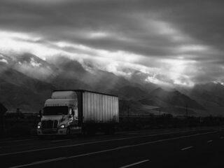 trucking-320×240-1